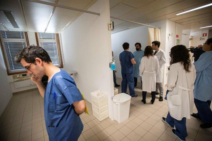 Nova zona da urgência do Hospital de Santo António de apoio à Covid-19