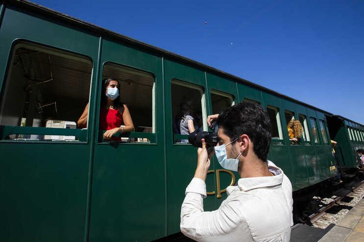 Lotação é reduzida devido à pandemia de covid-19