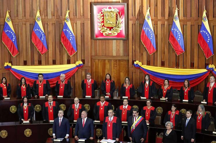 Maduro esteve na abertura do ano judicial
