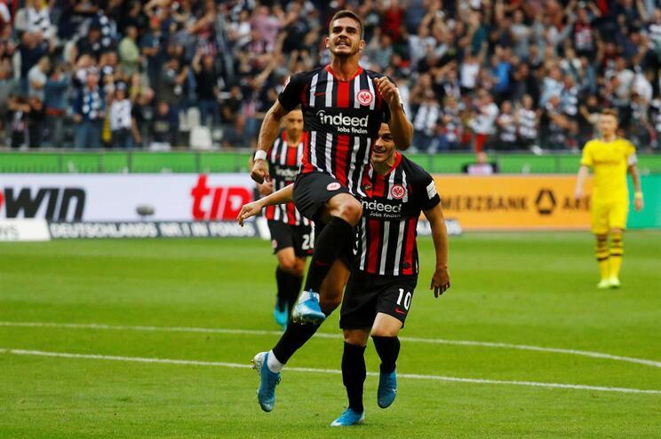 André Silva marca no empate do Eintracht Frankfurt