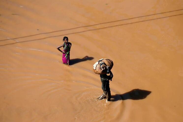 Cruz Vermelha envia este domingo 35 toneladas de ajuda humanitária para Beira