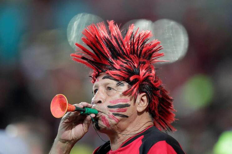 Flamengo de Jorge Jesus assume liderança no Brasil
