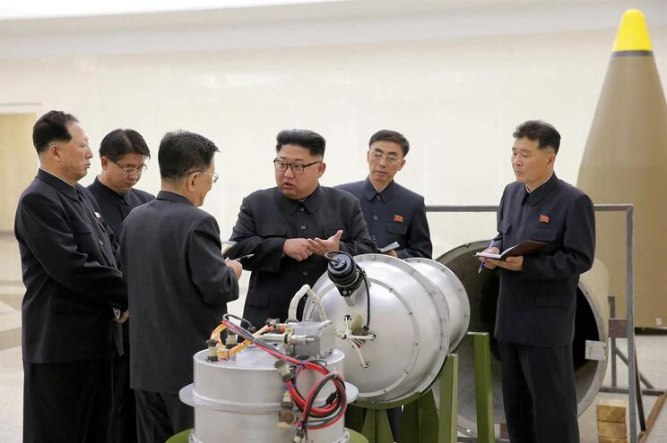 Kim Jong-un comprometeu-se a desmantelar instalações nucleares