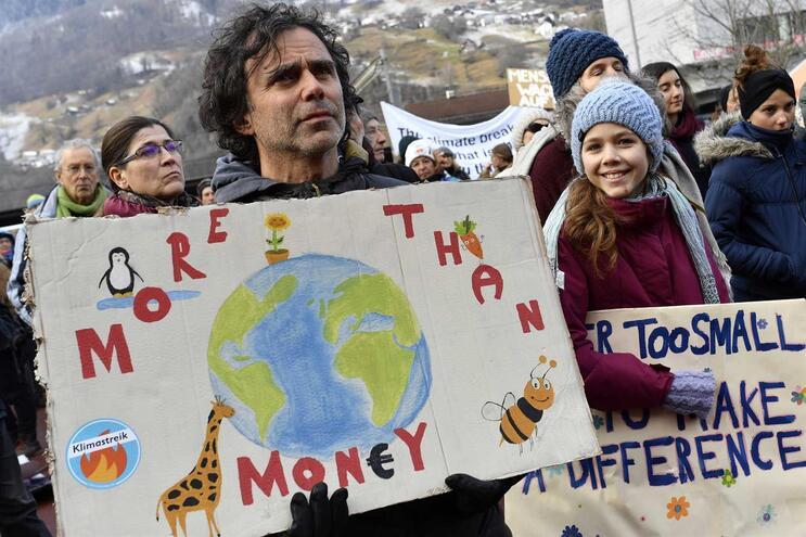 Protesto em Davos