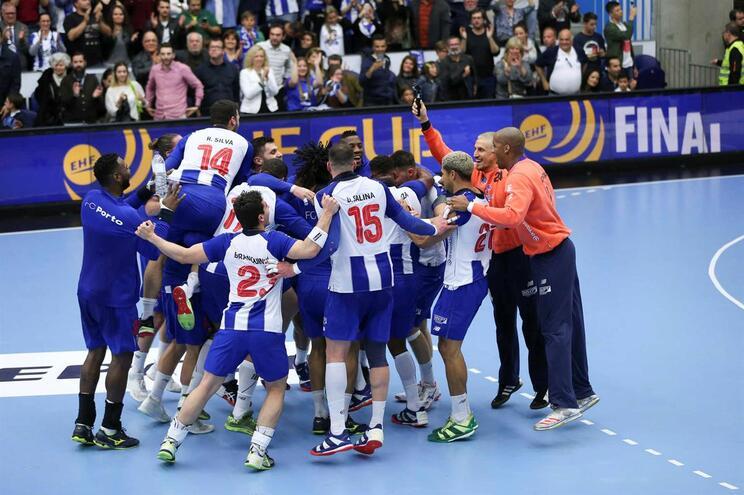 F. C. Porto defronta Fusche Berlim nas meias-finais da Taça EHF