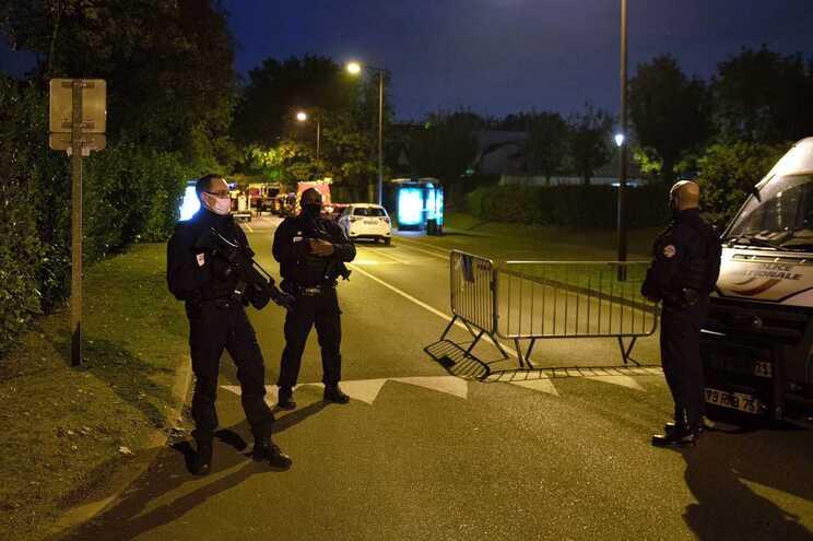 As autoridades estão a considerar a hipótese de um ataque terrorista com motivações religiosas