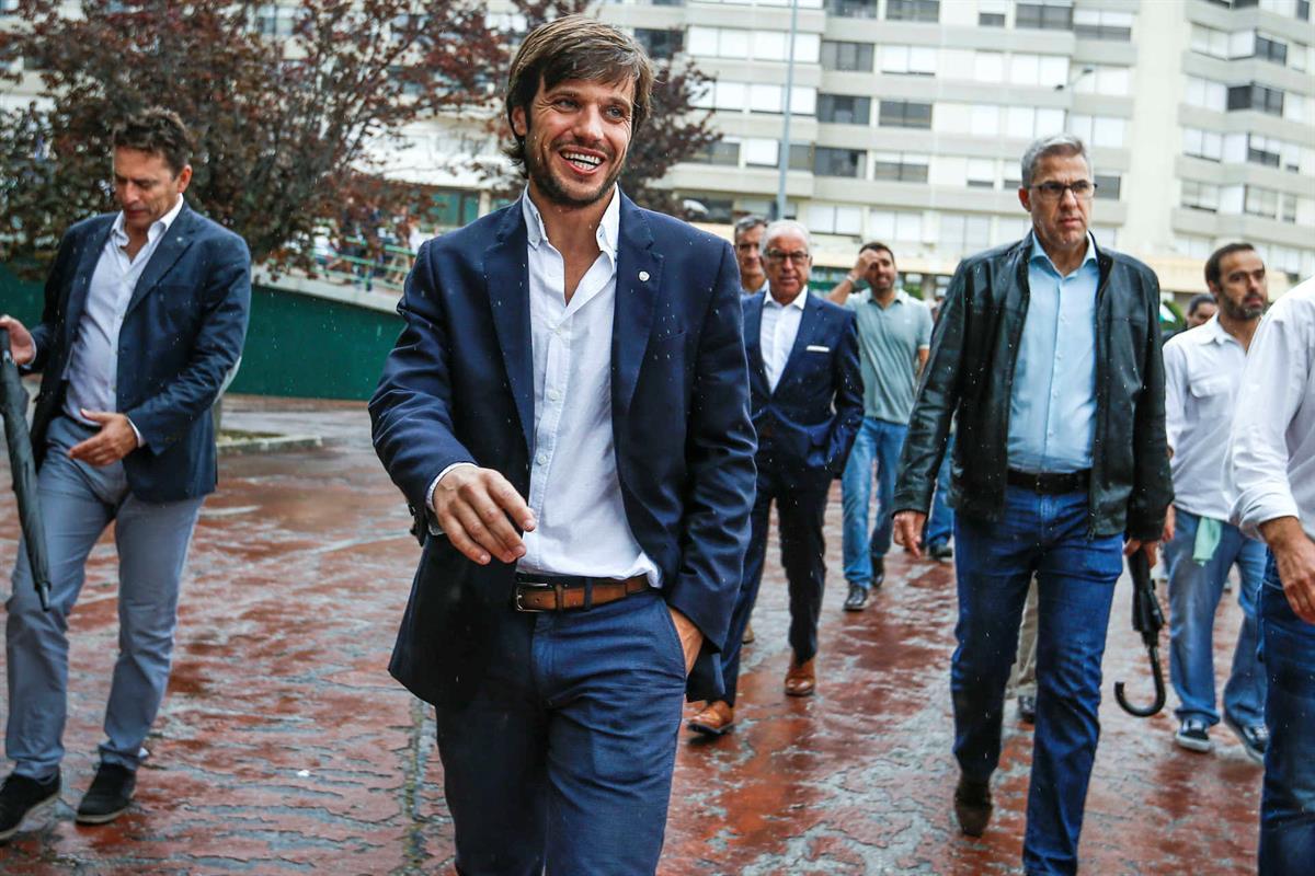 Candidato à presidência do Sporting Clube de Portugal, João Benedito, à chegada para a votação dos órgãos