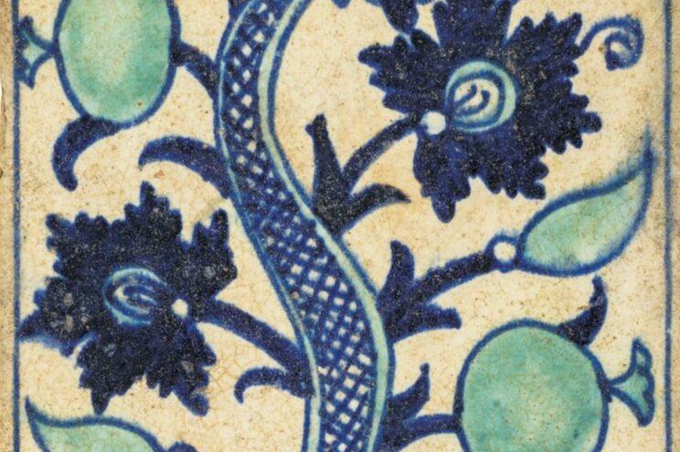 Exposição dá a conhecer coleção de azulejos de Ramalho Ortigão