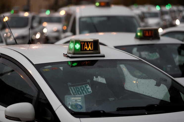 Câmara de Viseu contrata taxistas para entrega de refeições ao domicílio