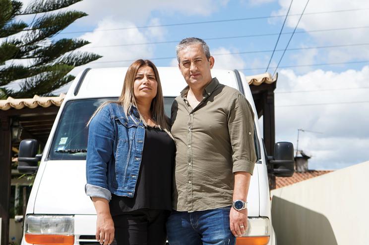 Rui Almeida e a mulher, Mariana, faziam quatro feiras por semana. Agora, estão todas fechadas