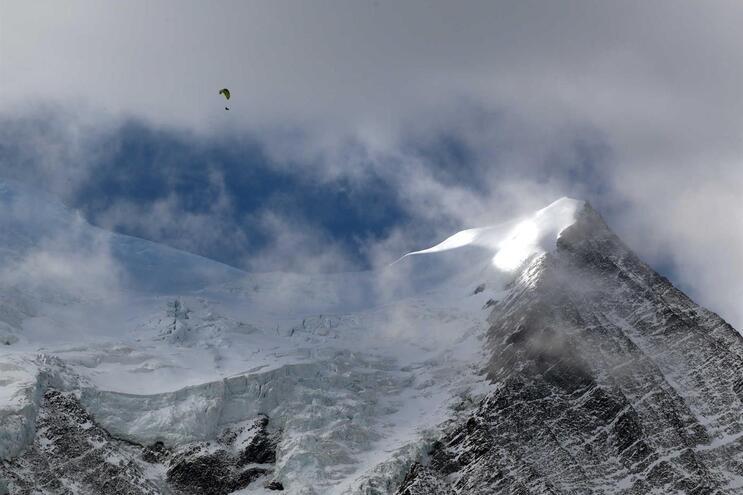 Monte Branco, Chamonix, palco de uma cena de James Bond e esconderijo de espiões russos