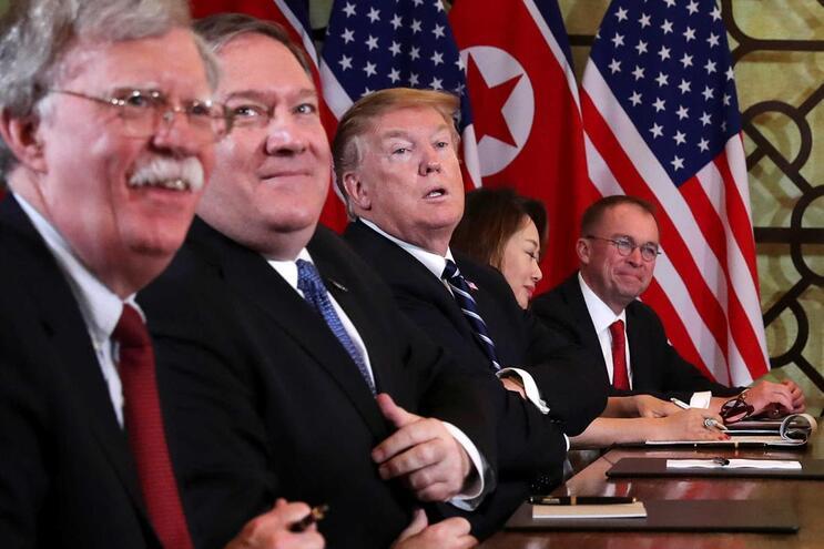 """Conselheiro de Trump diz que cimeira com Kim Jong Un foi """"um sucesso"""""""