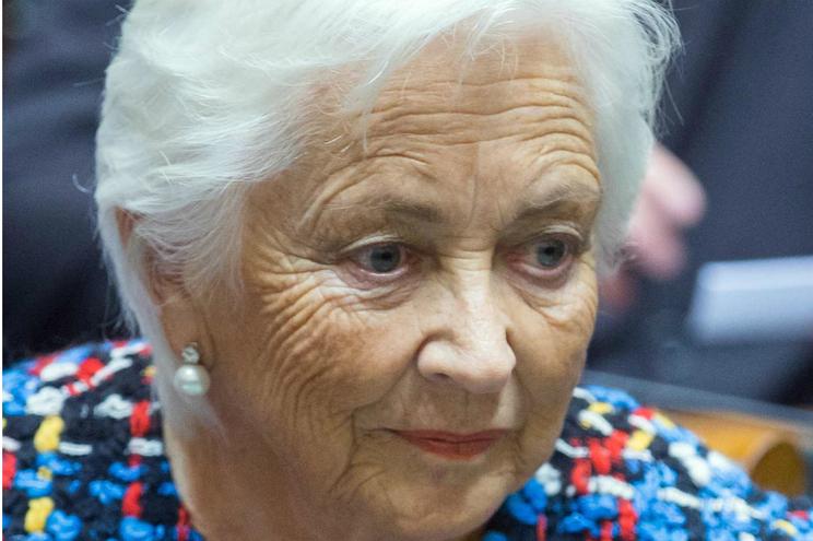 """Rainha Paola da Bélgica teve alta depois de sofrer """"um ligeiro"""" AVC"""