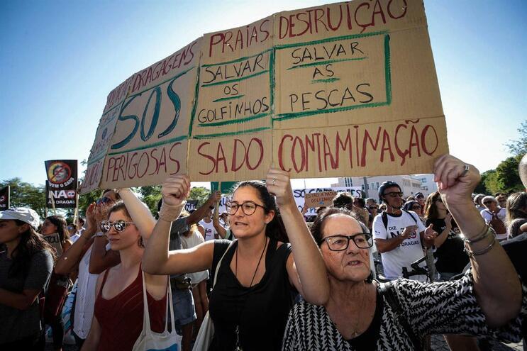 """SOS Sado interpõe ação para que projeto de dragagens seja declarado """"nulo"""""""