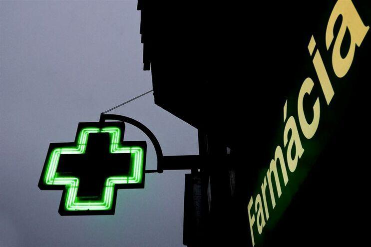 Suspeito de assaltar 22 farmácias à mão armada fica em prisão preventiva