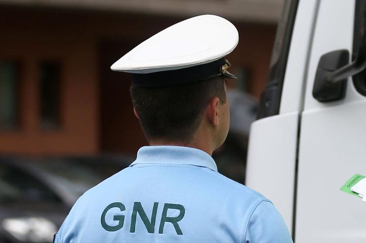 Material foi detetado no decurso de uma ação de fiscalização da circulação de mercadorias