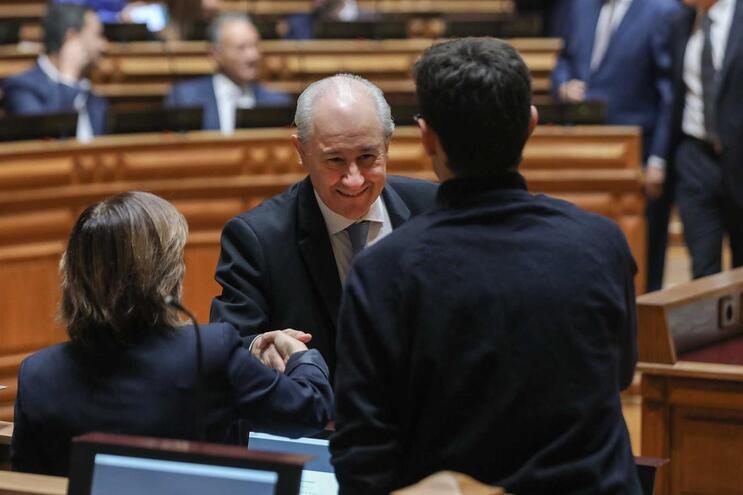 Rui Rio pede lealdade à bancada do PSD