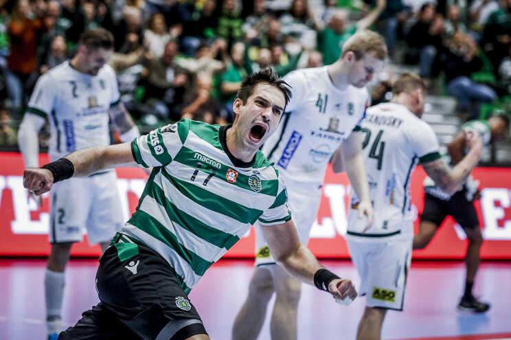 Tiago Rocha renovou pelo Sporting