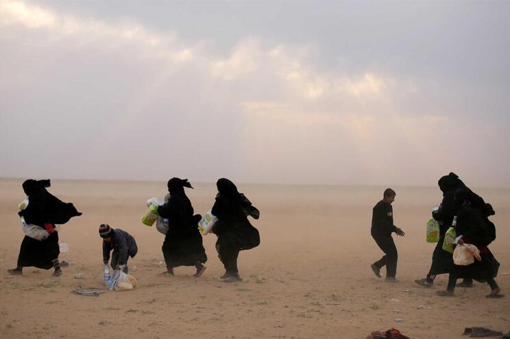 Nos dias seguintes à ofensiva turca, famílias estrangeiras com ligação ao EI fugiram