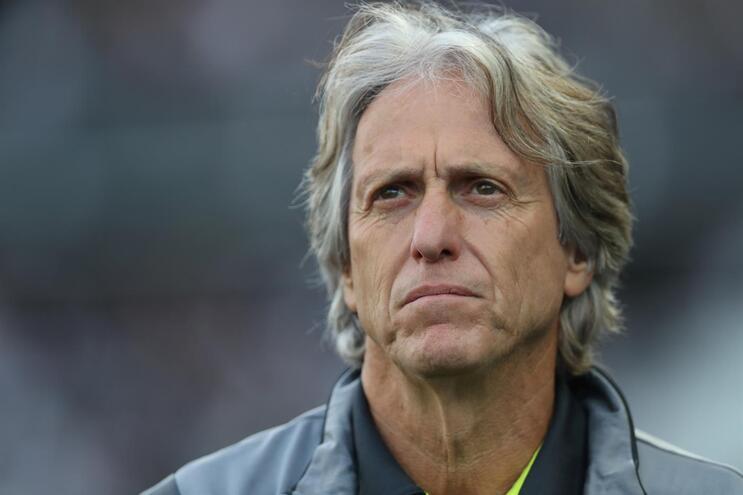 Flamengo de Jorge Jesus recebido com protestos após derrota