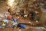 Trabalhos arqueológicos na gruta da Lapa do Picareiro, em Portugal