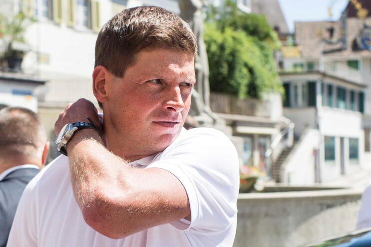 Antigo campeão olímpico Jan Ullrich abandona hospital psiquiátrico