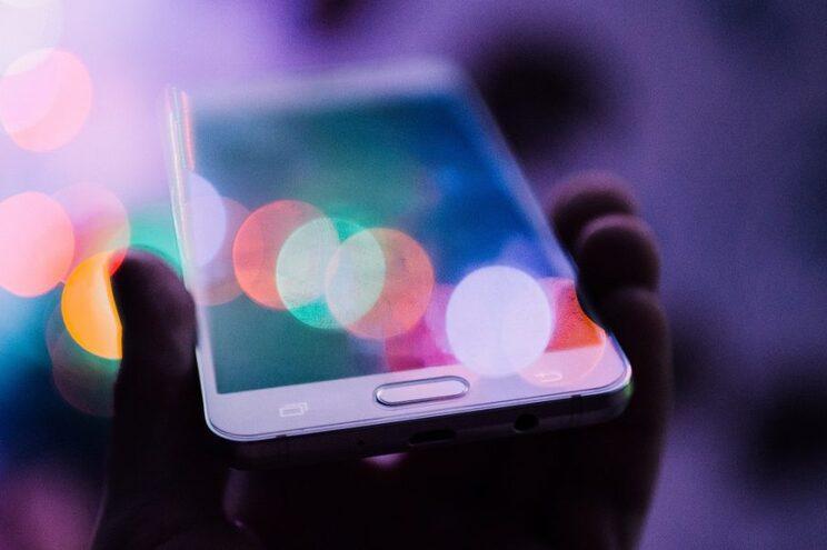 Quando olhamos para os dispositivos eletrónicos de comunicação, são os telemóveis que representam o maior