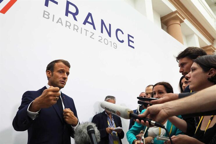 Macron em declarações aos jornalistas no âmbito do G7
