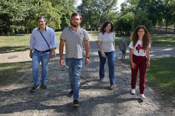 Bruno Prudêncio (à esquerda), Licínio Fernandes, Paula Ferreira e Verónica Alves são os mediadores interculturais