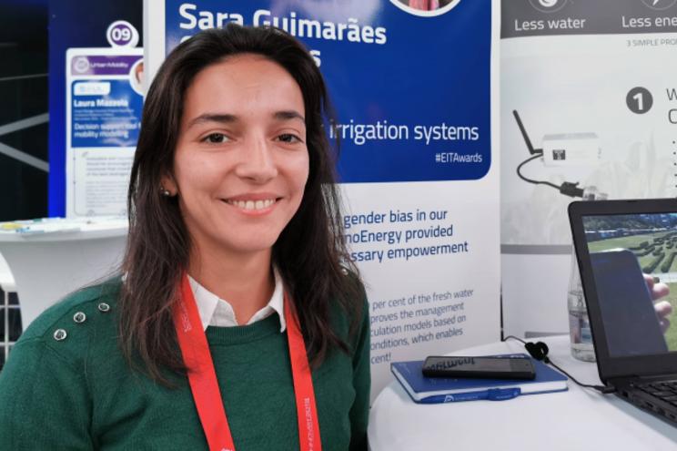 Portuguesa ganha prémio de inovação europeu com startup que poupa água