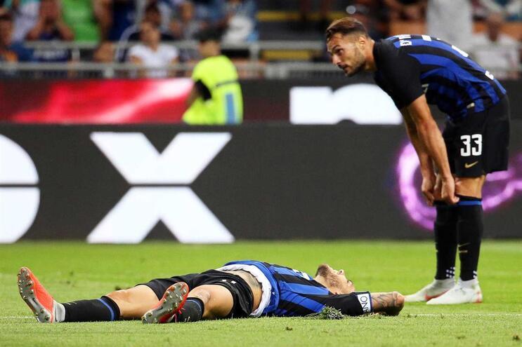 Inter Milão deixa fugir vantagem e está em 11.º na liga italiana