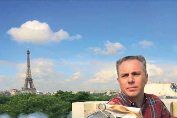Apicultor de Notre-Dame descobriu que as 18 mil abelhas sobreviveram ao fogo