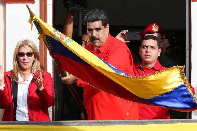 Nicolás Maduro resiste à pressão do povo