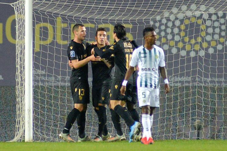 Vitória de Guimarães vence em Setúbal e assume liderança do grupo B