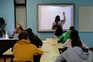 Professores pedem testes, vacinas e teletrabalho em abaixo-assinado