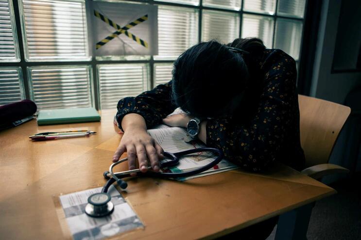 Quatro em cada dez alunos admitiramsentir maiores níveis de ansiedade por causa do confinamento