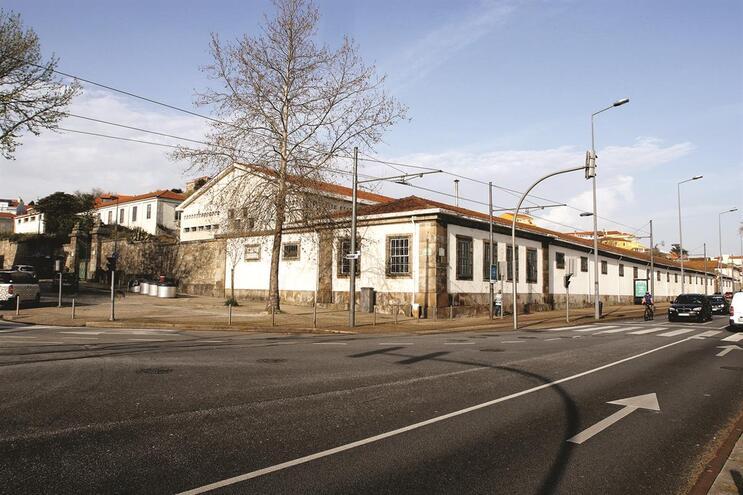 Edifício da Manutenção Militar, na frente ribeirinha, foi o selecionado para acolher as novas instalações