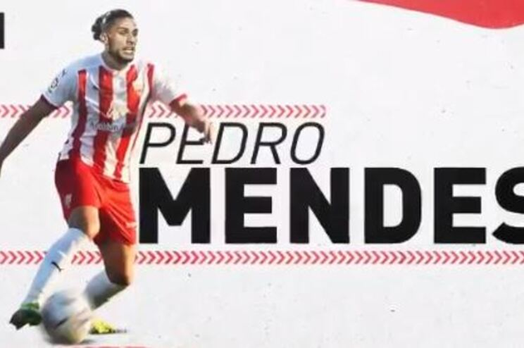 Pedro Mendes é reforço do Almería