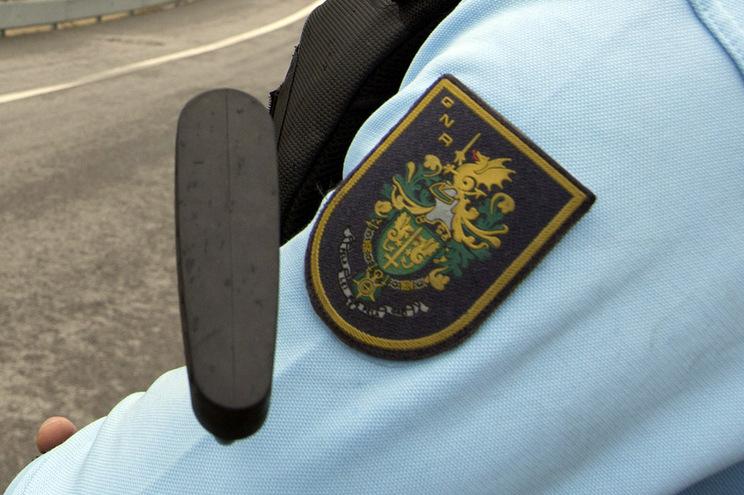 """A detenção resultou de """"uma ação de patrulhamento e vigilância da fronteira terrestre, junto a uma antiga"""