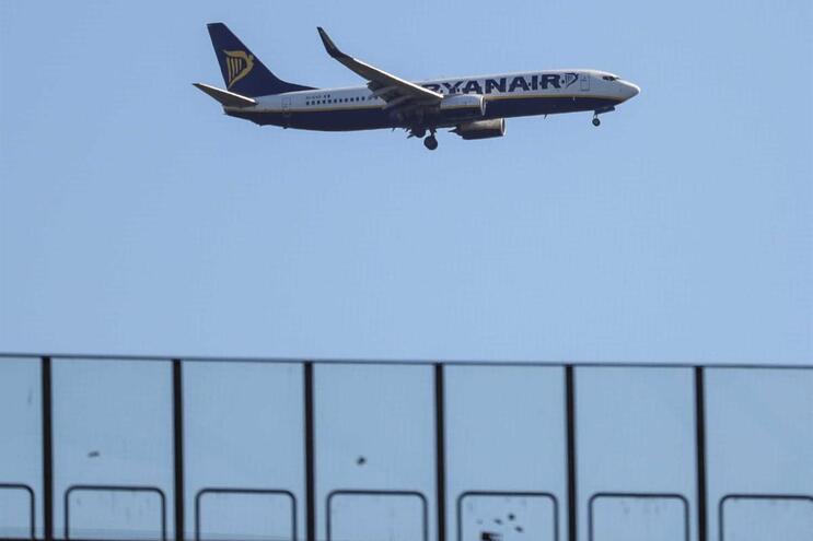 Promulgado diploma sobre identificação dos passageiros aéreos