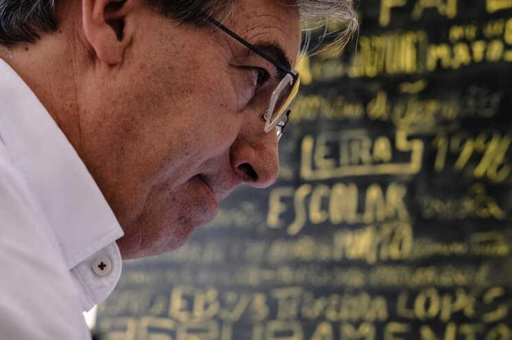 O presidente da Associação Nacional de Diretores de Agrupamentos de Escolas Públicas, Filinto Lima