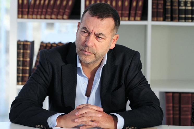 Aníbal Pinto representou o hacker em pelo menos duas ocasiões, em 2013 e 2015