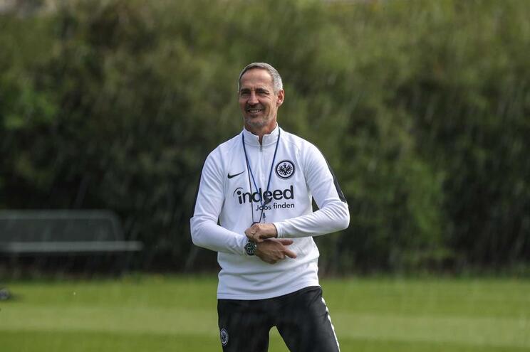 """""""João Félix pode mudar um jogo por inteiro"""", elogia treinador do Frankfurt"""
