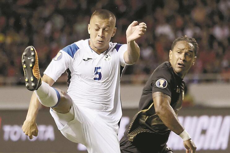 "Carlos Montenegro defrontou a Costa Rica antes de ser ""apanhado"""
