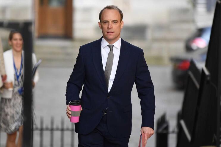 Ministro dos Negócios Estrangeiros do Reino Unido substitui temporariamente Boris Johnson