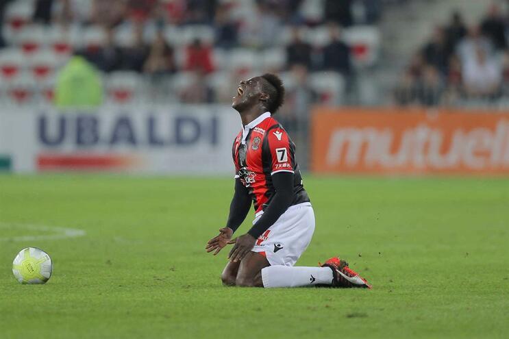 Balotelli mais longe do Flamengo e Moreirense apresenta reforço