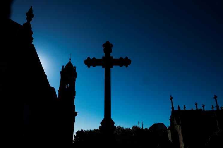 Cemitérios fechados a 31 de outubro e 1 de novembro na Póvoa de Varzim