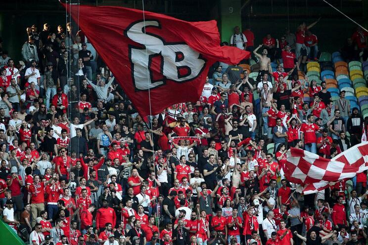 """Benfica critica arbitragens: """"Jogo sujo. Campeonato sujo"""""""