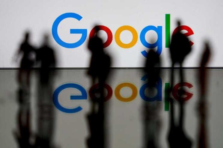 A Google anunciou em 1 de novembro de 2019 um acordo para a compra da empresa norte-americana Fitbit