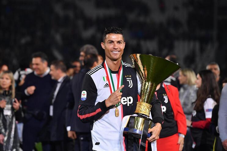 Ronaldo nomeado para melhor avançado da Liga dos Campeões